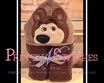 Brown Bear Peeker Applique Embroidery Design includes 2D and 3D for 5X7 hoop