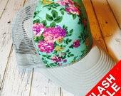 Mint, mint floral, floral, floral hat, truckerhat, cute hat, womens hat, hat for girls, womens trucker hat
