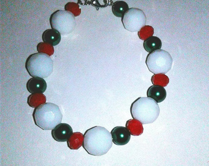 Green White Red Beaded Bracelet