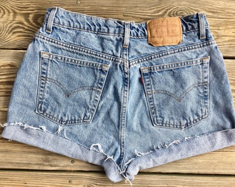 "32"" Levis High Waisted Shorts 