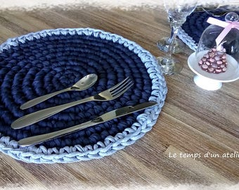 Set of 2 placemats crocheted recycled cotton