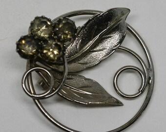 Lovely silver tone brooch