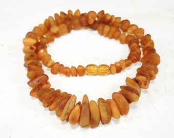 Vintage Baltic Amber Necklace Amber Beads from USSR 22 gr
