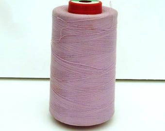 Cone thread light pink poly-cotton