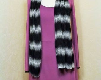 Great scarf knit black and cream mesh scarf
