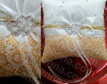 Decorated and personalized wedding ring cushion, with crystals