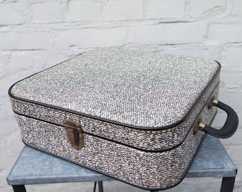 Vintage 50sConstellation France vulcanized fiber suitcase