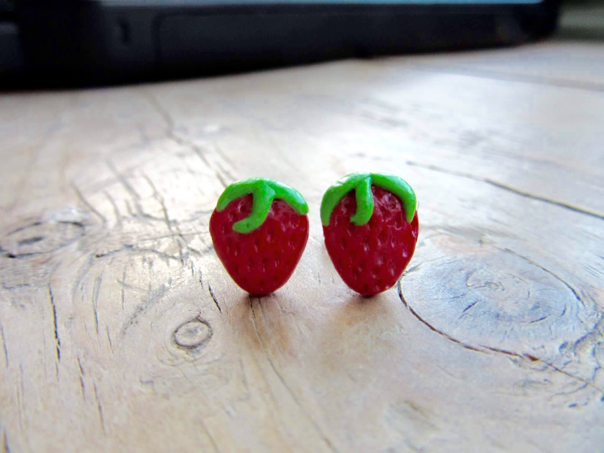 strawberry kuma mar earrings stud products crafts