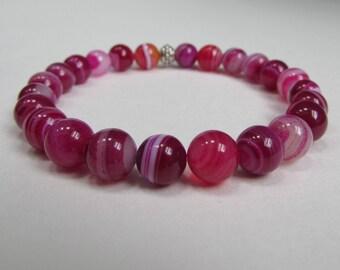 Pink gemstone stretch bracelet, Pink banded agate gemstone bracelet, Bright Pink beaded stretch bracelet, Gift for Friend, Pink bracelet