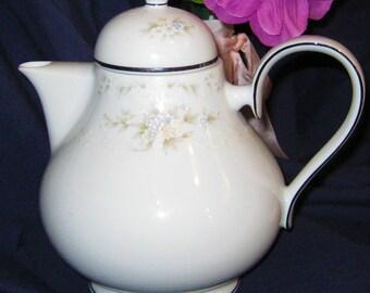 Noritake Ireland - Patience Teapot