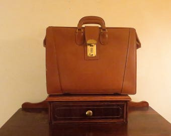 Vintage Gladstone Style Briefcase In British Tan Leather With Brass Hardware