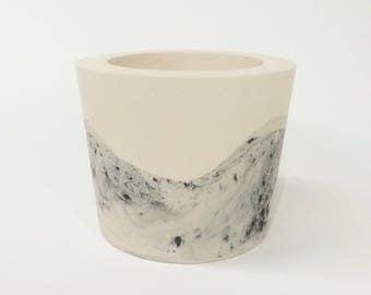 Large Pot / Speckled Grey Wave