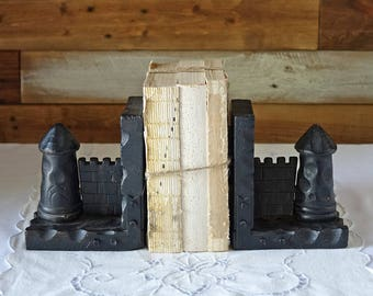 Castle towers bookends - Vintage wooden hand carved bookends - Pirate - Medieval - Nautical decor