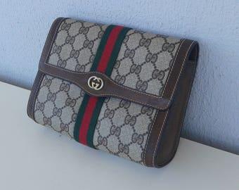 WEEKEND SALE ! Gucci vintage small brown clutch
