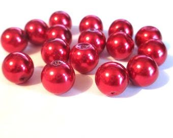 16 Red 12mm glass pearl beads
