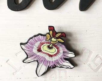 "Wooden brooch ""Passiflora"""