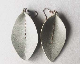 Leather Leaf Earrings Taupe