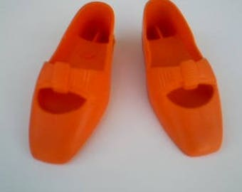Vintage Crissy and family doll shoes