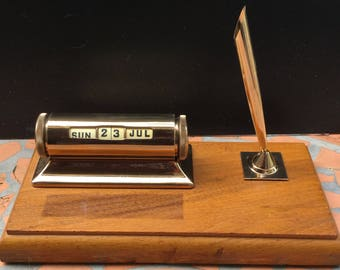 Vintage Schaeffer Desk Set Pen Holder Perpetual Calendar Wooden Pen Stand Gold Tone Office Accessories Gift For Him Midcentury MCM
