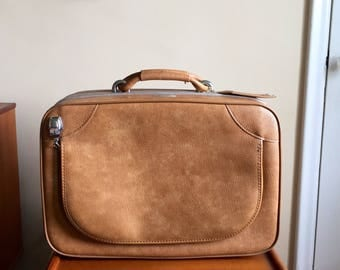 Vintage 60's Jetliner Luggage. Vintage Suitcase