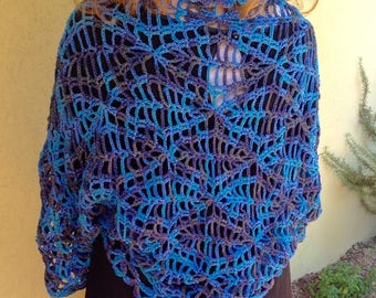 Wide cuff, bolero, shrug, shawl closed original crochet lace, cotton lace degrade ' in blue