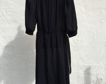 Vintage 1980's Black Dress  *  Size Medium * Romantic Goth