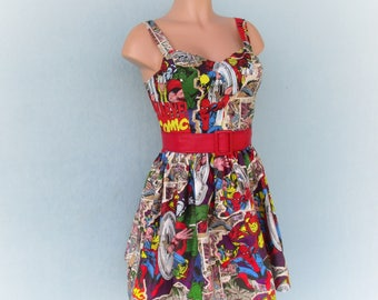 Comicon Superhero Thor, Incredible Hulk, and Spiderman Marvel Comics Dress size Small