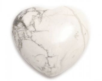 White Howlite Heart, Spiritual Healing Stone, Crystal Gemstone Heart, Stone Of Love, Ying Yang Energy