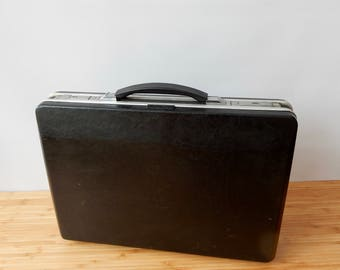 Vintage Black Briefcase Attache Case With Key lovely to use for storage  Retro, Old Briefcase
