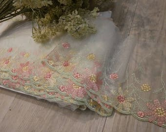 2Yards Light Green lovely Lace Trim Flower Floral Embroidered Talle Lace 5 Inches