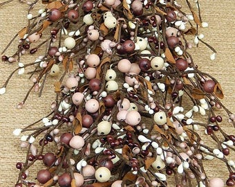 Mauve & Cream Mixed Berry Garland, Pip Berry Garland, Primitive Berry Garland, Wreath Making, Country Decor