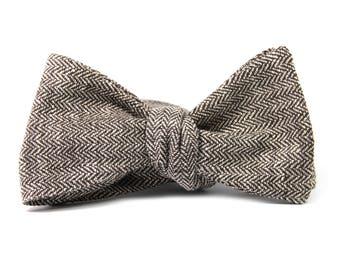 Brown herringbone linen bowtie, Rustic wedding bowtie, self-tie bow tie, Summer cotton bowtie, Pastel bowtie