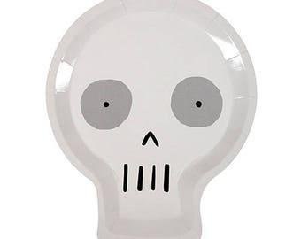 Meri Meri large Skull paper plates (8). Halloween party supplies. skull party plates. vampire plates. kids halloween tableware. witches