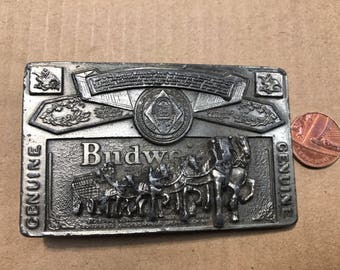 Great American Buckles Genuine Budweiser 1982 Made in USA. Good condition . Size ~ 90x55 mm