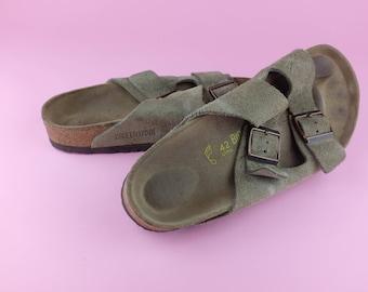 Classic Style Birkenstock Leather Sandals Light Tan - Size 42