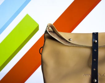 Maruu Leather Blossom yellow leather clutch bag / crossbag