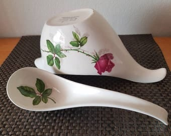 Midwinter English Gravy Boat/Sauce Boat with matching Ladle/Spoon