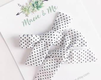 Black & White Polka Dot Pigtail Bows / Girls Hair Bows / Alligator Clip / No Slip Grip / Macie and Me / Pigtail Bows / Hand Tied
