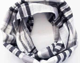 Black and White Plaid Infinity Scarf / Plaid Flannel Infinity Scarf / Girls Scarf / Girls Fall Scarf / Boys Scarf / Macie and Me