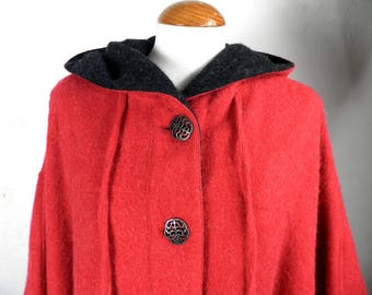 Vintage Red Hooded Loden Wool and Alpaca Cape   Size M