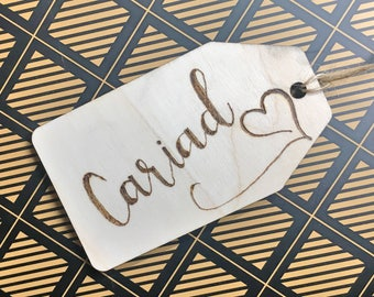 Cariad Welsh Wooden Gift Tag St Dwynwen's Day Love