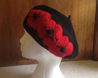 Black Felt Beret With 3 Large Wet-Felted Red Poppies