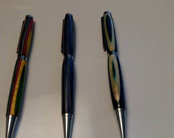 Simple multi colored writing pens.