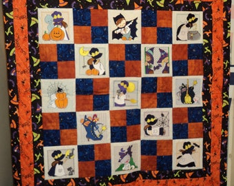 Halloween embroidered wall hanging quilt
