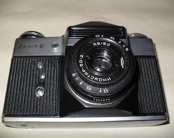ZENIT-B Vintage SLR Camera