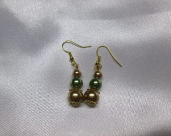 Satin Pearl Earring