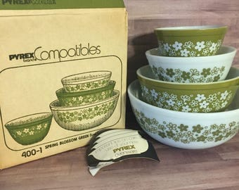Vintage Pyrex Spring Blossom Green Mixing Bowl 400 Set with Box