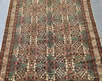 Carpet rug 100%wool geometric pattern rug green beige and brown color warm vintage rug old rug retro style suitable for home and restaurant.