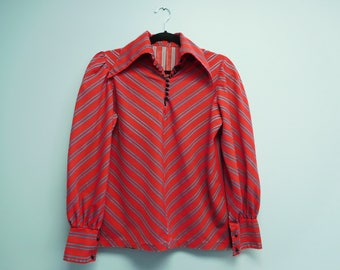 Vintage 1970's Retro Hippie Red with Blue Stripes Wide Collar Blouse Size Medium