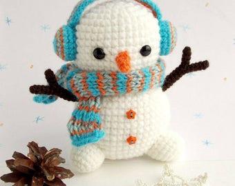 Crochet Stuffed Snowman